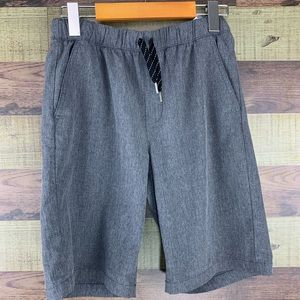 Old Navy boys performance shorts in grey